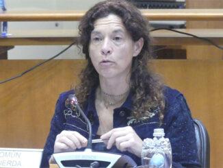 Julia Torregrosa durante a súa intervención