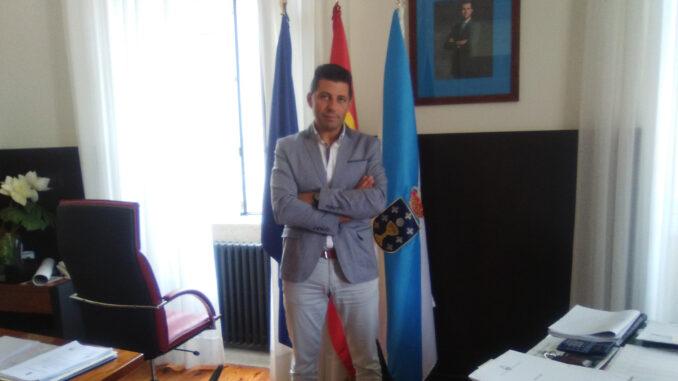 Andrés Díaz Alcalde de Ponte Caldelas A Nova Peneira