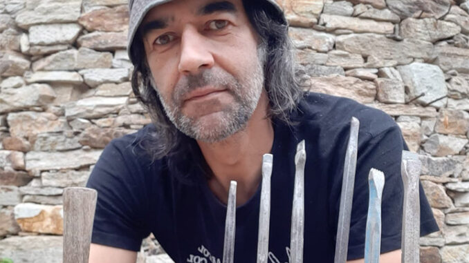 Marcos Escudero artista de Mos