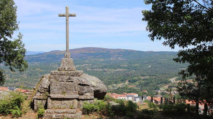 Monumento monte da Obra Celanova Memoria histórica