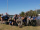 Unha ducia de persoas recollen cinco sacos grandes de lixo a través dunha ruta en kaiak organizada polo Concello A Nova Peneira