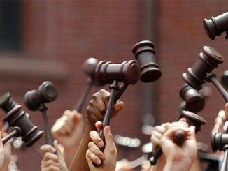 A xustiza non ten maiúsculas